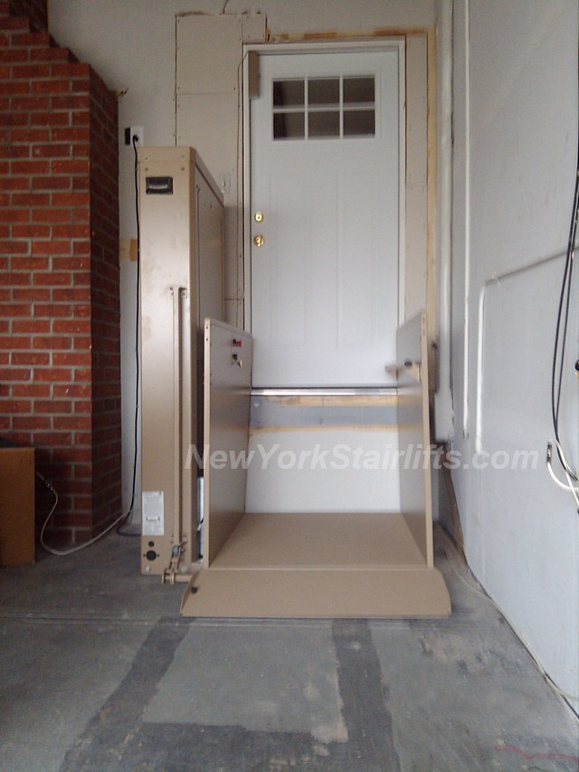 Vertical Platform Lift : Vertical platform lift install photos